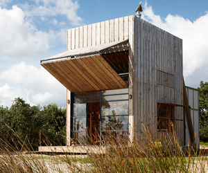 The-whangapoua-sled-house-by-ccc-architects-m