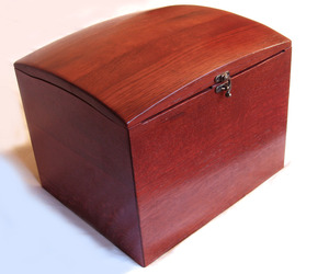 The-wish-box-recycled-oak-wine-barrel-m
