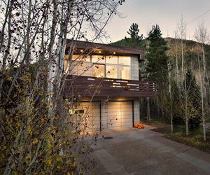 The-wrap-house-in-aspen-by-studio-b-m