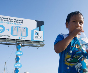 This-billboard-produces-drinking-water-out-of-air-m