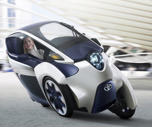 Toyota i-Road – Electric Personal Mobility Vehicle