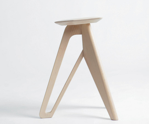 Tripod-stool-by-eunjin-jung-m