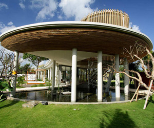 Tropical-bamboo-pavilion-house-m