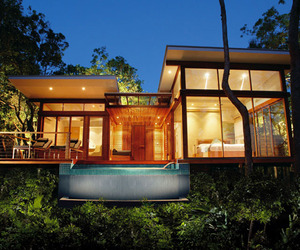 Tropical-rainforest-retreat-on-bedarra-island-m