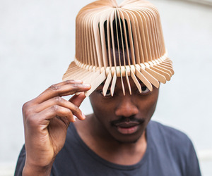 Tte-de-bois-design-wooden-headwear-by-andra-deppieri-m