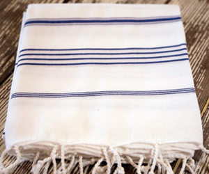 Turkish-towels-at-distant-m