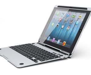 Turn-your-ipad-into-a-laptop-2-m