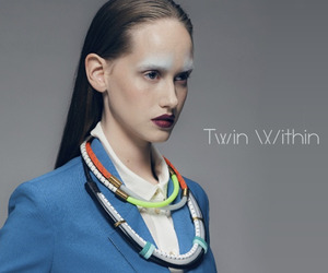 Twin-within-jewelry-m