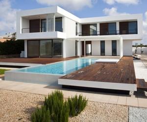 Two-level-minimalist-home-m