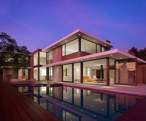 Two-level-minimalist-pink-house-m
