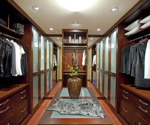 Ultimate-master-closet-m