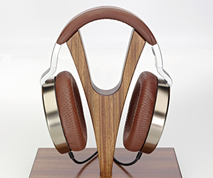 Ultrasone's Edition 10 Limited Headphones