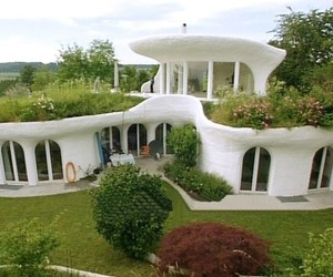 Unconventional-earth-homes-in-switzerland-m
