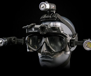 Underwater-hd-wide-angle-video-mask-by-liquid-image-m