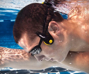 Underwater-mp3-player-finis-neptune-m