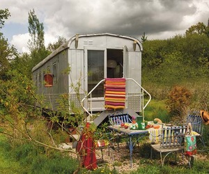 Unique-bohemian-trailer-home-in-france-m