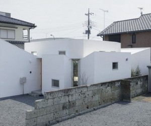House M by Hiroyuki Shinozaki