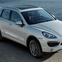 V-8-power-with-v-6-economy-porsches-cayenne-hybrid-s