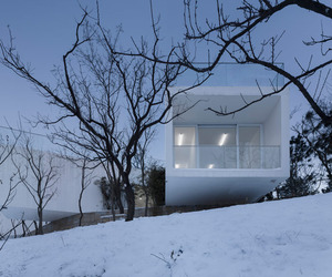 Viewing-pavilion-on-hill-by-tao-m