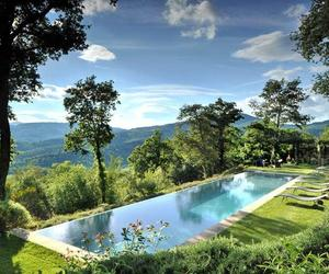 Villa-arrighi-a-luxury-converted-farmhouse-in-umbria-italy-m