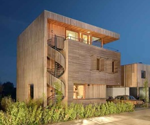 Villa-rieteiland-oost-built-from-sustainable-materials-m