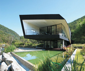 Villa-topoject-by-and-m