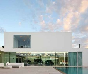 Villa-v-by-beel-achtergael-architects-m