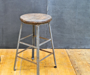 Vintage-industrial-angle-steel-inc-oak-top-stool-m