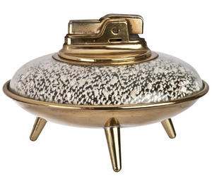 Vintage-ronson-flying-saucer-ufo-table-lighter-relique-m