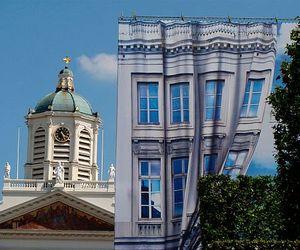 Walls-transformed-by-creativity-m