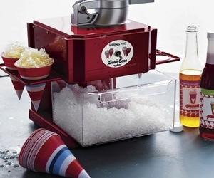 Waring-metallic-red-snow-cone-maker-m