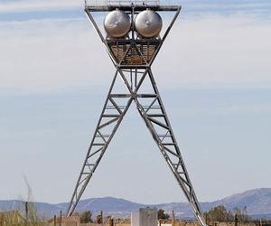 Water-storage-tower-by-studio-madrid-grg-m