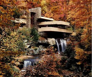 Waterfall-house-in-pennsylvania-by-frank-lloyd-wright-m