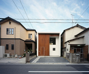 Wbe-house-a-small-contemporary-home-in-japan-by-auau-m