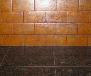 Weathered-steel-backsplash-from-cascade-m