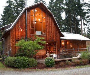 Whidbey-island-barn-conversion-by-shed-architects-2-m