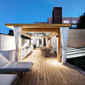 White-canvas-on-a-green-roof-by-martine-brisson-s