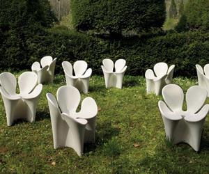 White-clover-chair-m