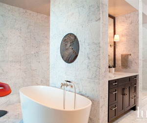 White-marble-bathroom-m
