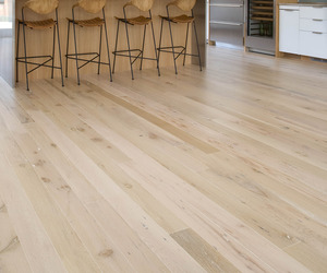 White-oak-wood-flooring-from-recalmed-timber-m