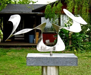 Wingsmetal-sculpture-m