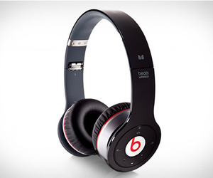 Wireless-bluetooth-headphones-beats-bt-dr-dre-m