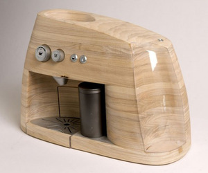 Wooden-espresso-machine-by-oystein-helle-husby-m