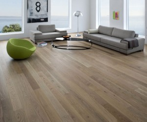 Wooden-flooring-for-outdoors-or-indoor-m