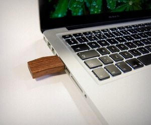 Woody-usb-flash-drive-m