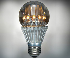 Worlds-first-100-watt-equivalent-led-bulb-m
