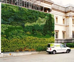 Worlds-first-living-wall-painting-m
