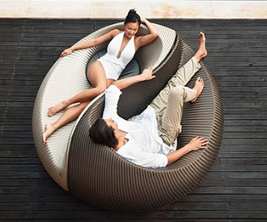 Yin-yang-outdoor-lounging-chair-m