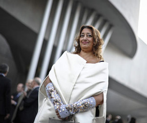 Zaha-hadid-architecture-and-fashion-m