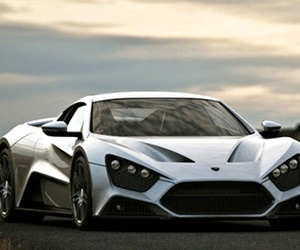 Zenvo-st1-50s-packs-1250-hp-m